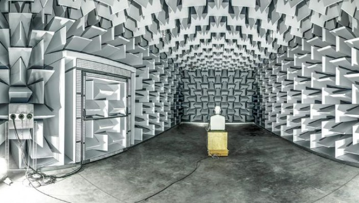 Semi-anechoic-chamber-at-Ghent-University